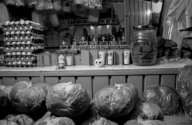 Dead bread at midnight market